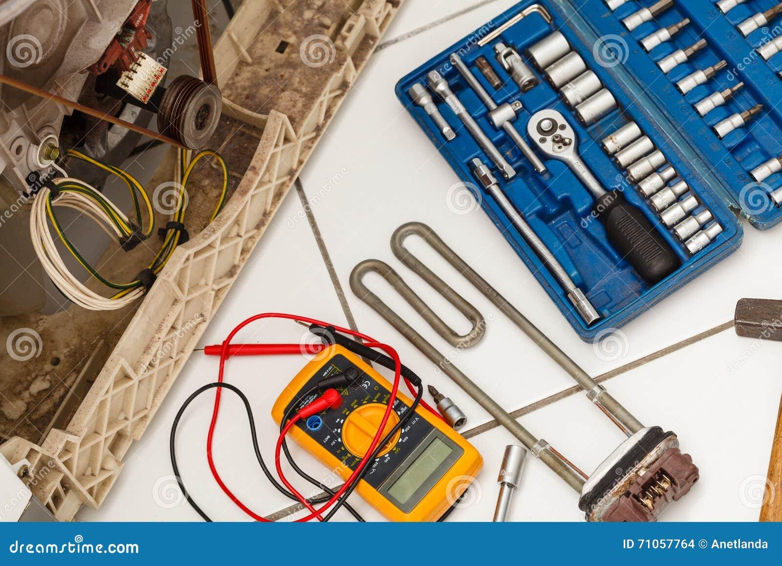 Werkzeuge mit Waschmaschine