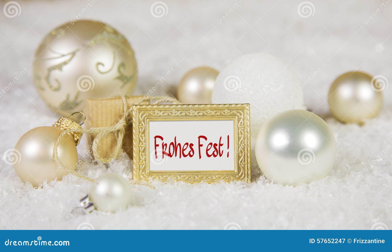 Wesoło bożych narodzeń kartka z pozdrowieniami z niemieckim tekstem i bielem złotymi,