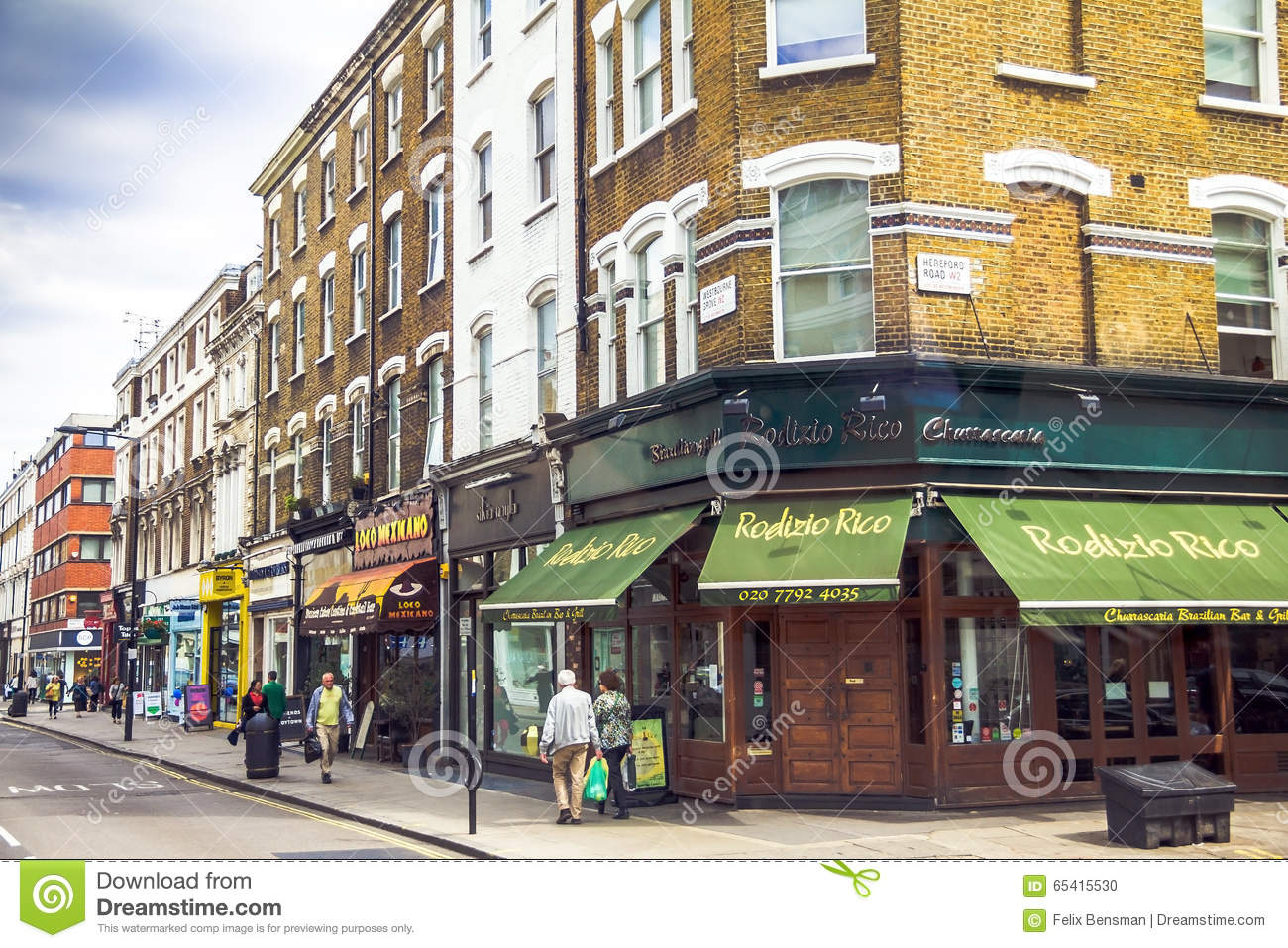 Notting Hill Ladbroke Grove westbourne grove street in notting hill gate distract at the