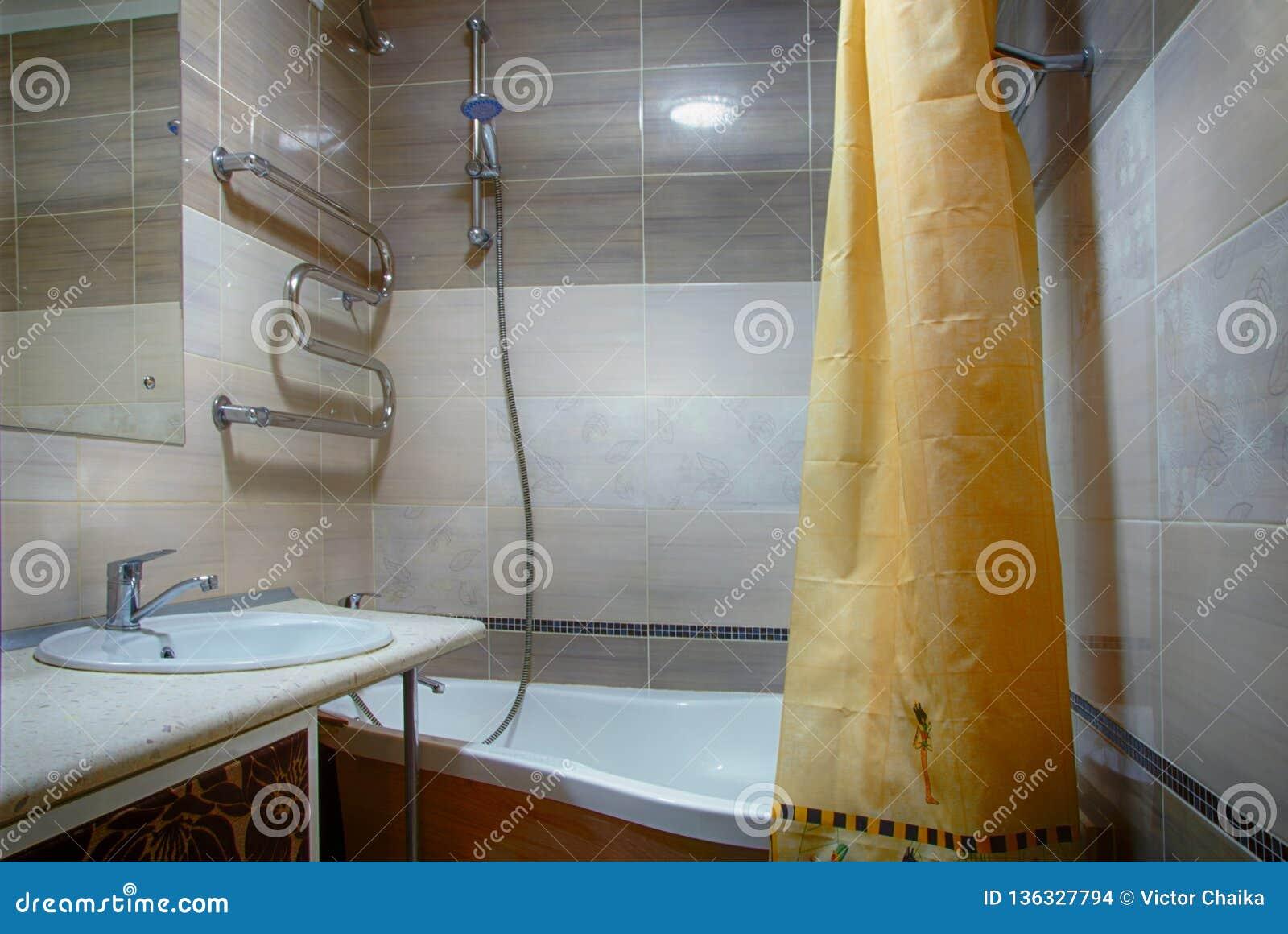 Wewnętrzna łazienka