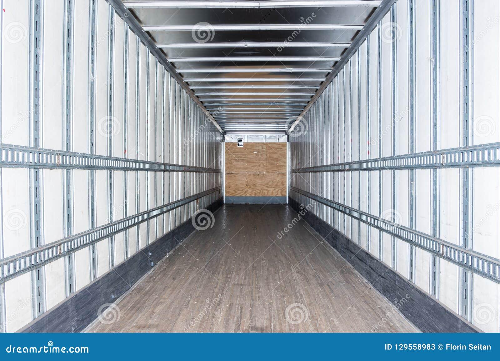 Wewnętrzny widok pusta ciężarówka suchy Samochód dostawczy Przyczepa semi