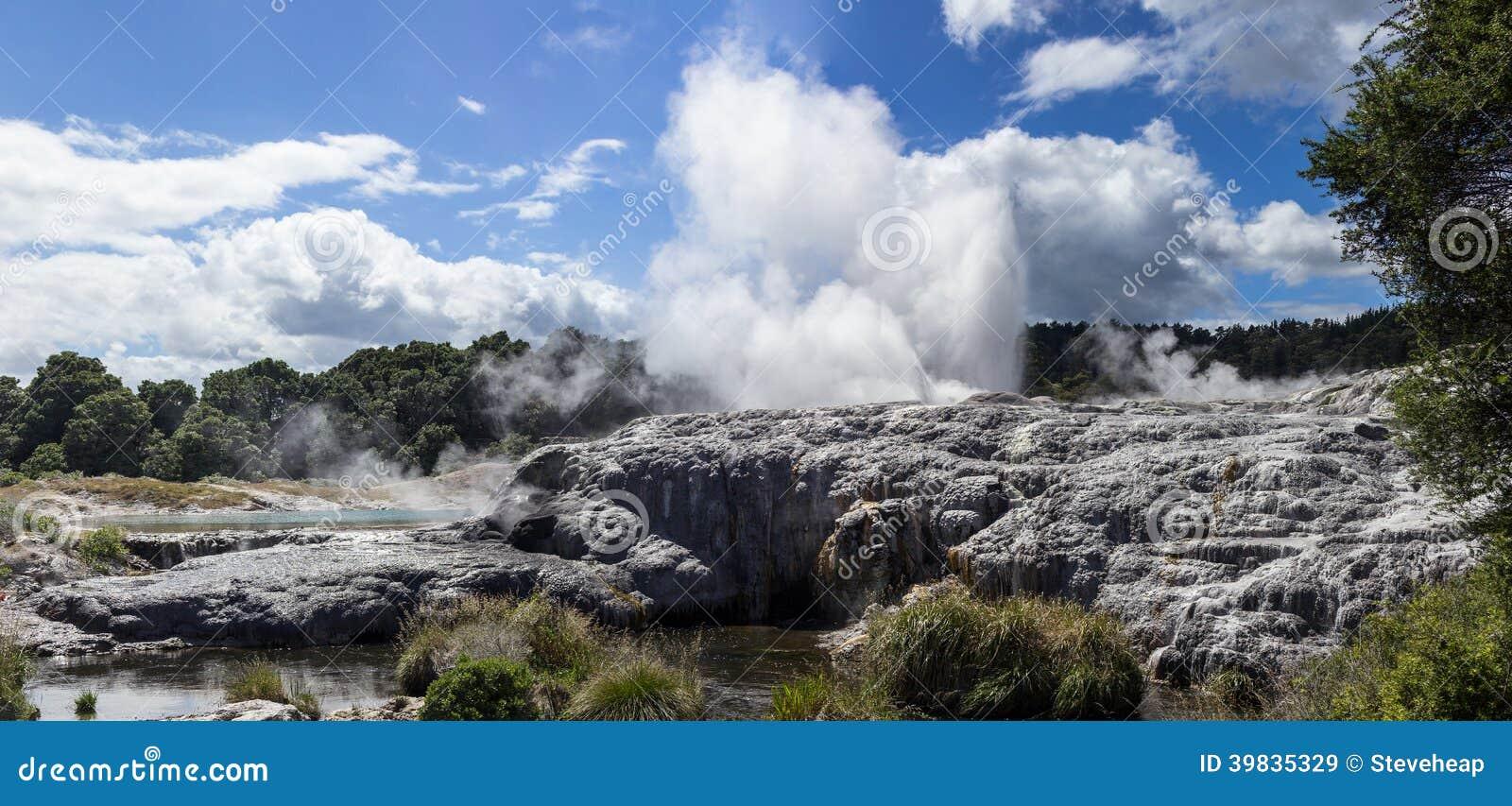 Whakarewarewa termiskt geyserområde