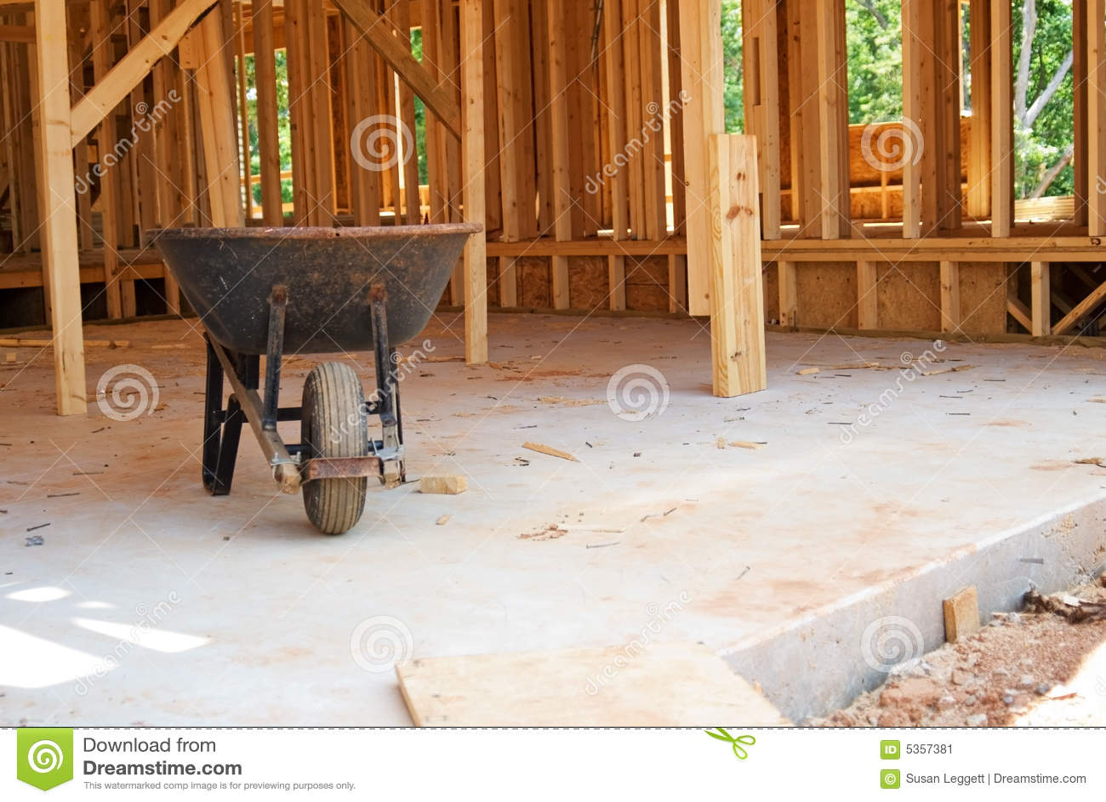 Wheelbarrow /Construction Site