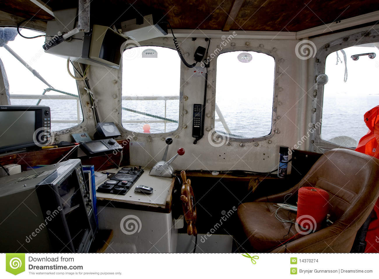 Wheelhouse Of A Small Fishing Vessel Stock Images - Image: 14370274