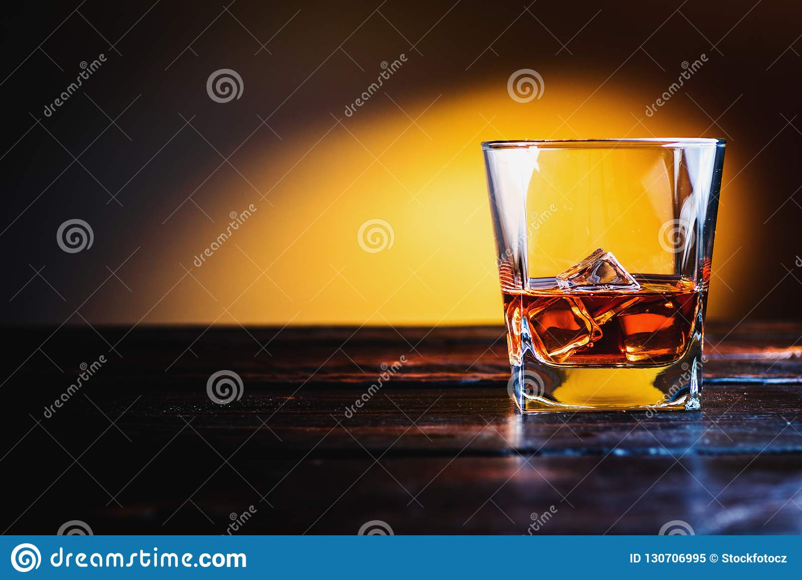 Whisky, whisky lub bourbon,