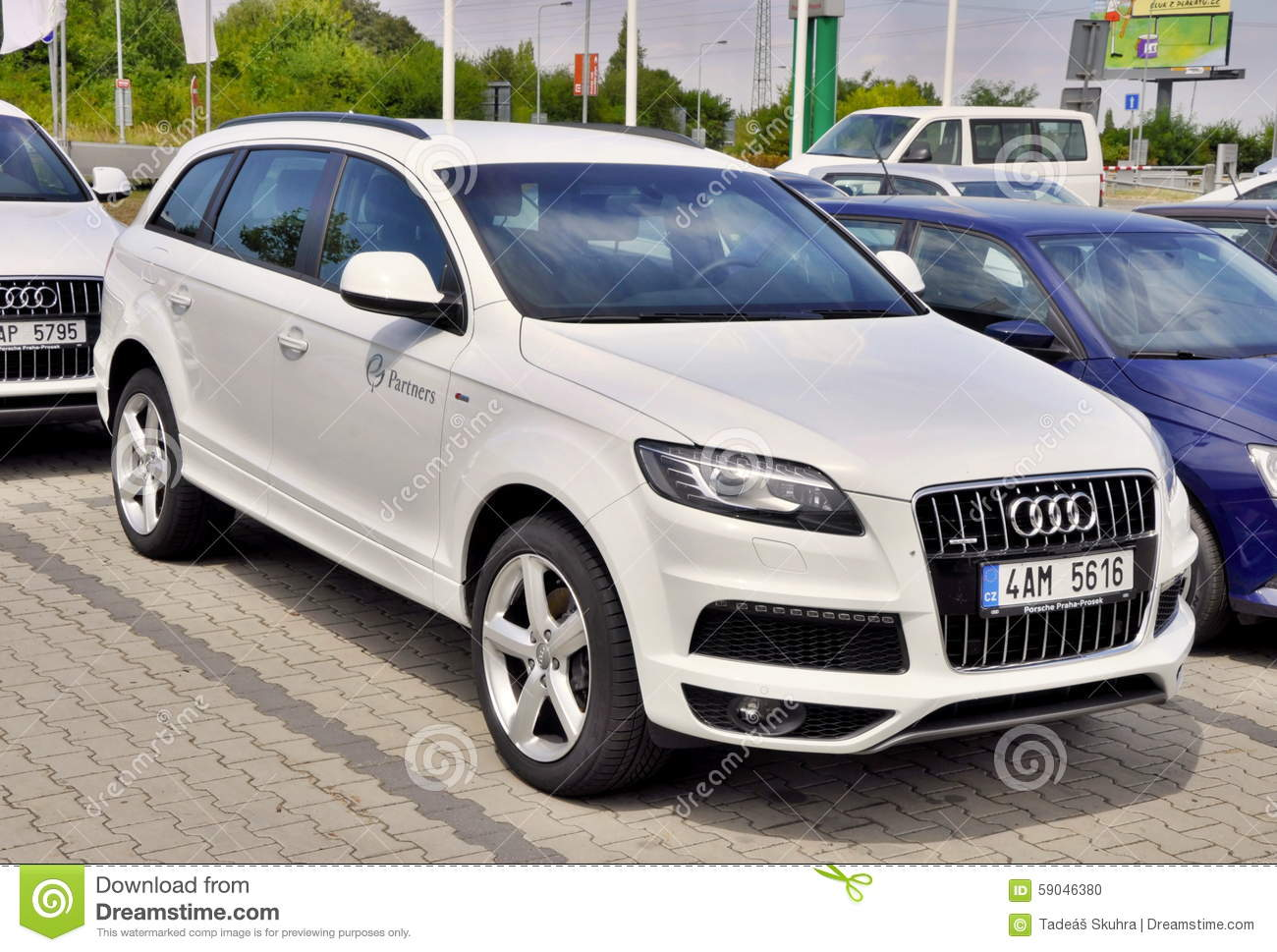 Audi Suv Stock Photos Images Pictures Images