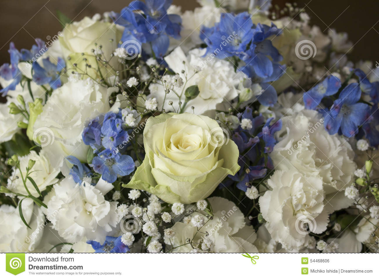 White And Blue Flower Bouquet Stock Photo - Image of bluebell, gift ...