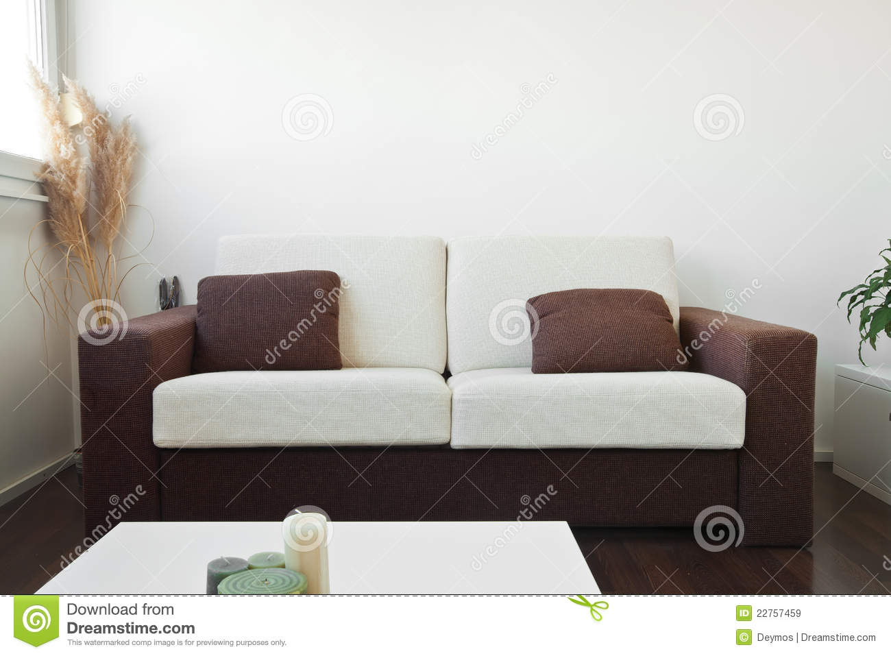 White And Brown Fabric Sofa Royalty Free Stock Images