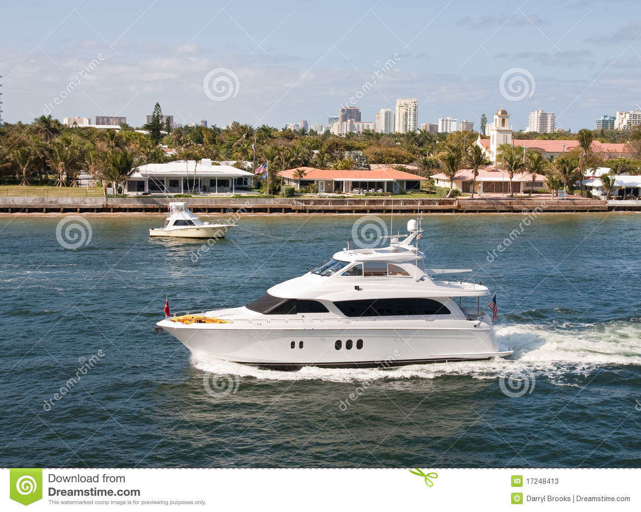 White Cabin Cruiser In A Canal Stock Photos Image 17248413