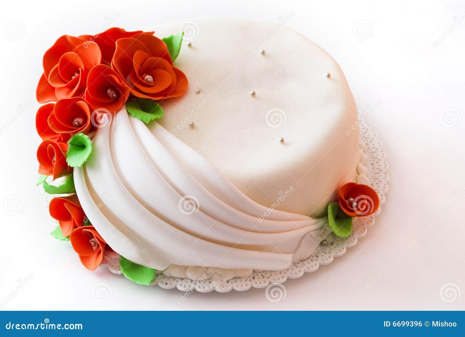 Как сделать круглый торт если нет круглой формы