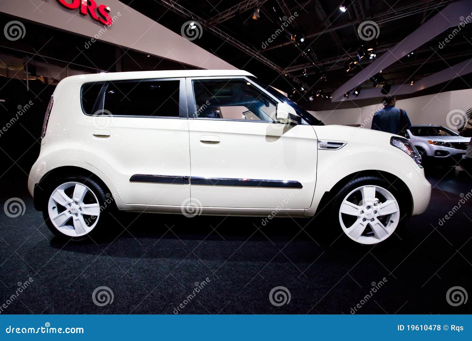 White Kia Soul >> White Car Kia Soul Editorial Stock Photo - Image: 19610478