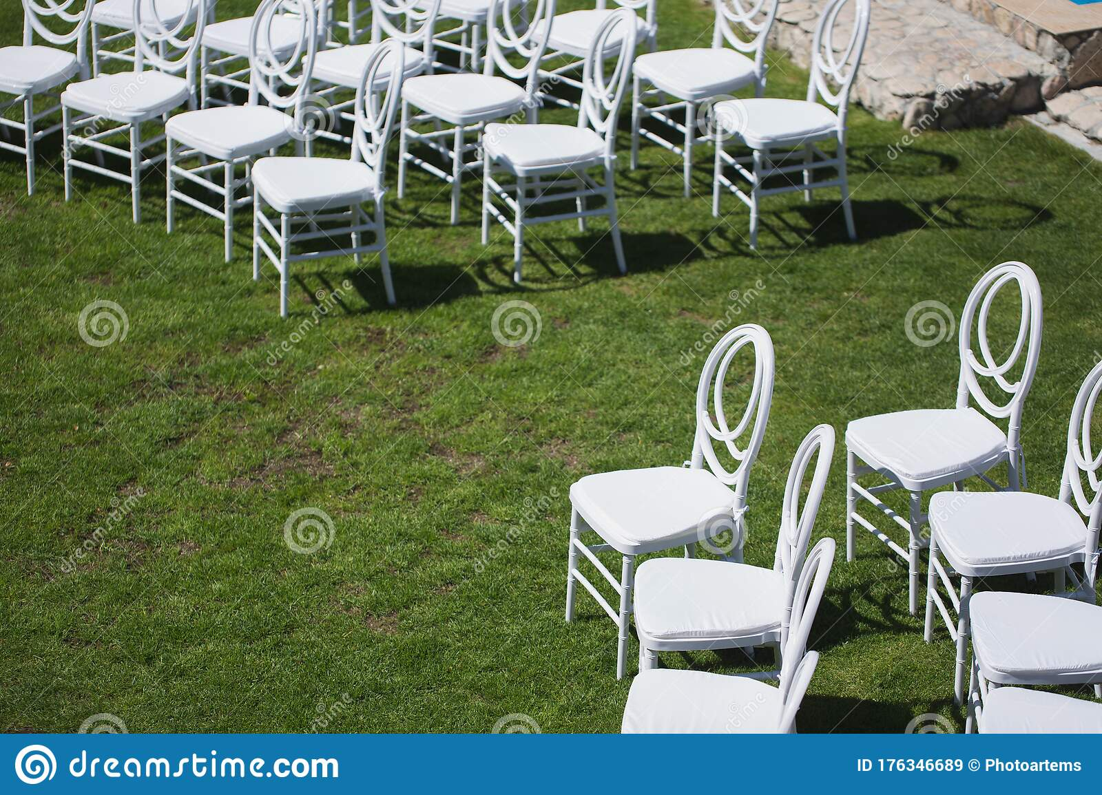 220 Green Folding Lawn Chair White Photos Free Royalty Free Stock Photos From Dreamstime