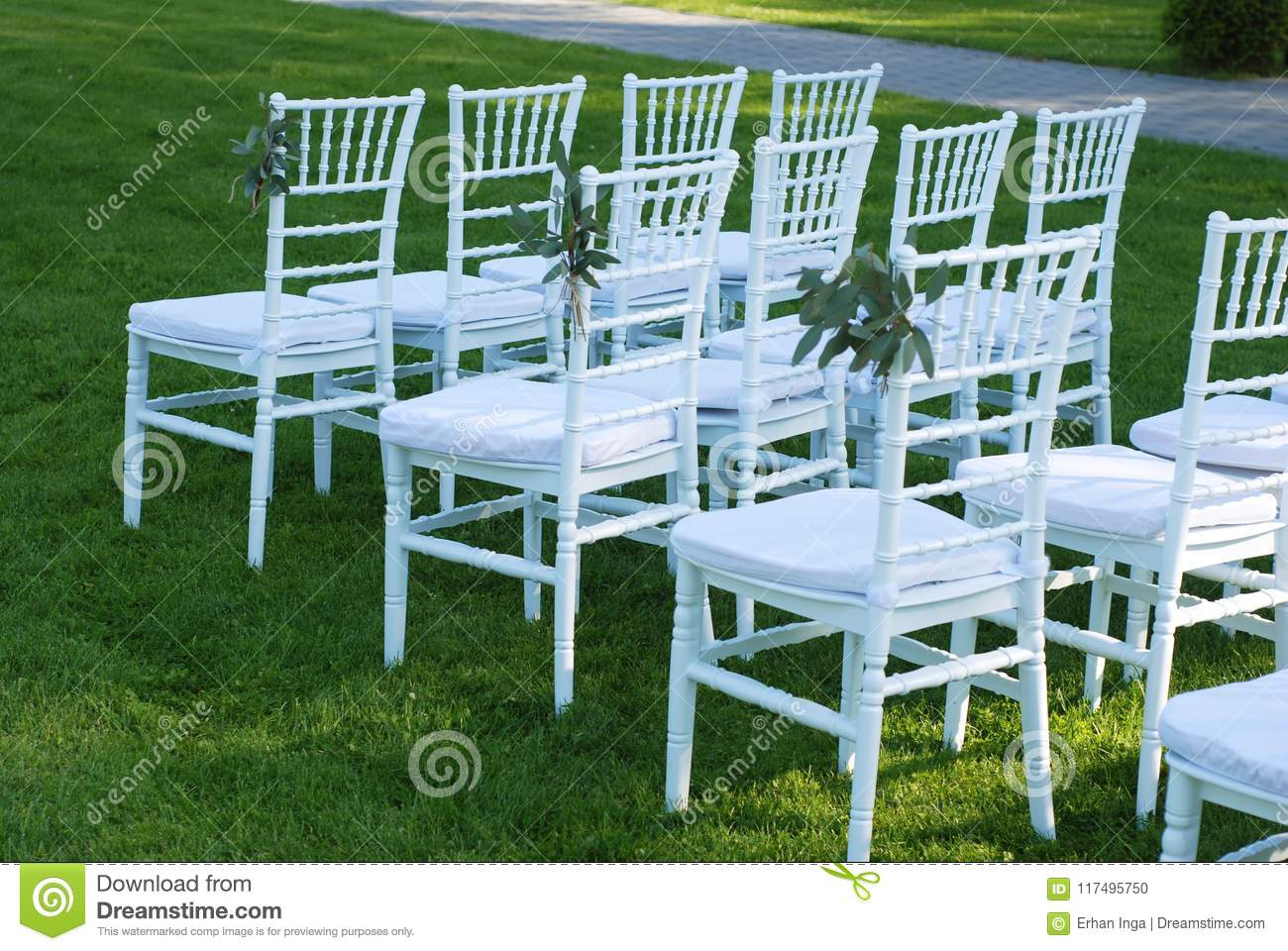 Amazing White Chairs At The Outdoor Wedding Ceremony Green Grass Interior Design Ideas Pimpapslepicentreinfo