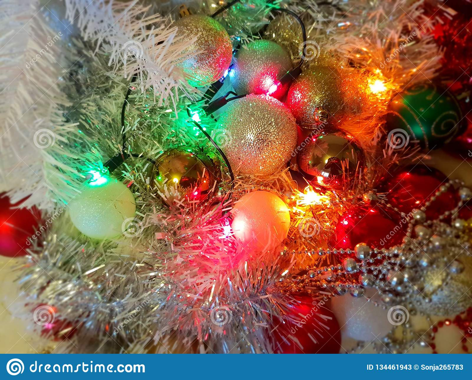 Colorful Christmas Tree Ideas.White Christmas Decoration Colorful White Balls Silver