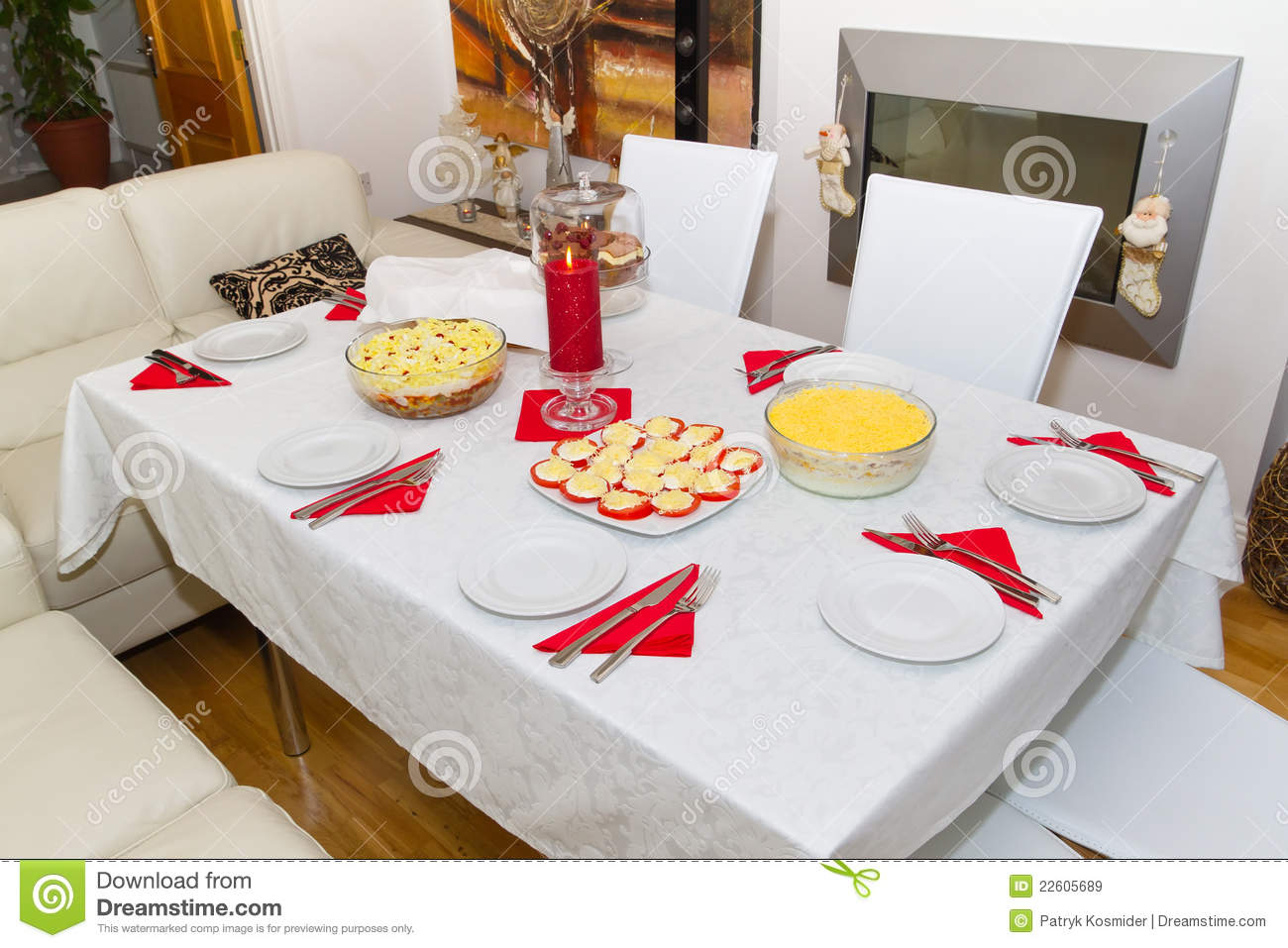 White Christmas Dinner Table Royalty Free Stock Images