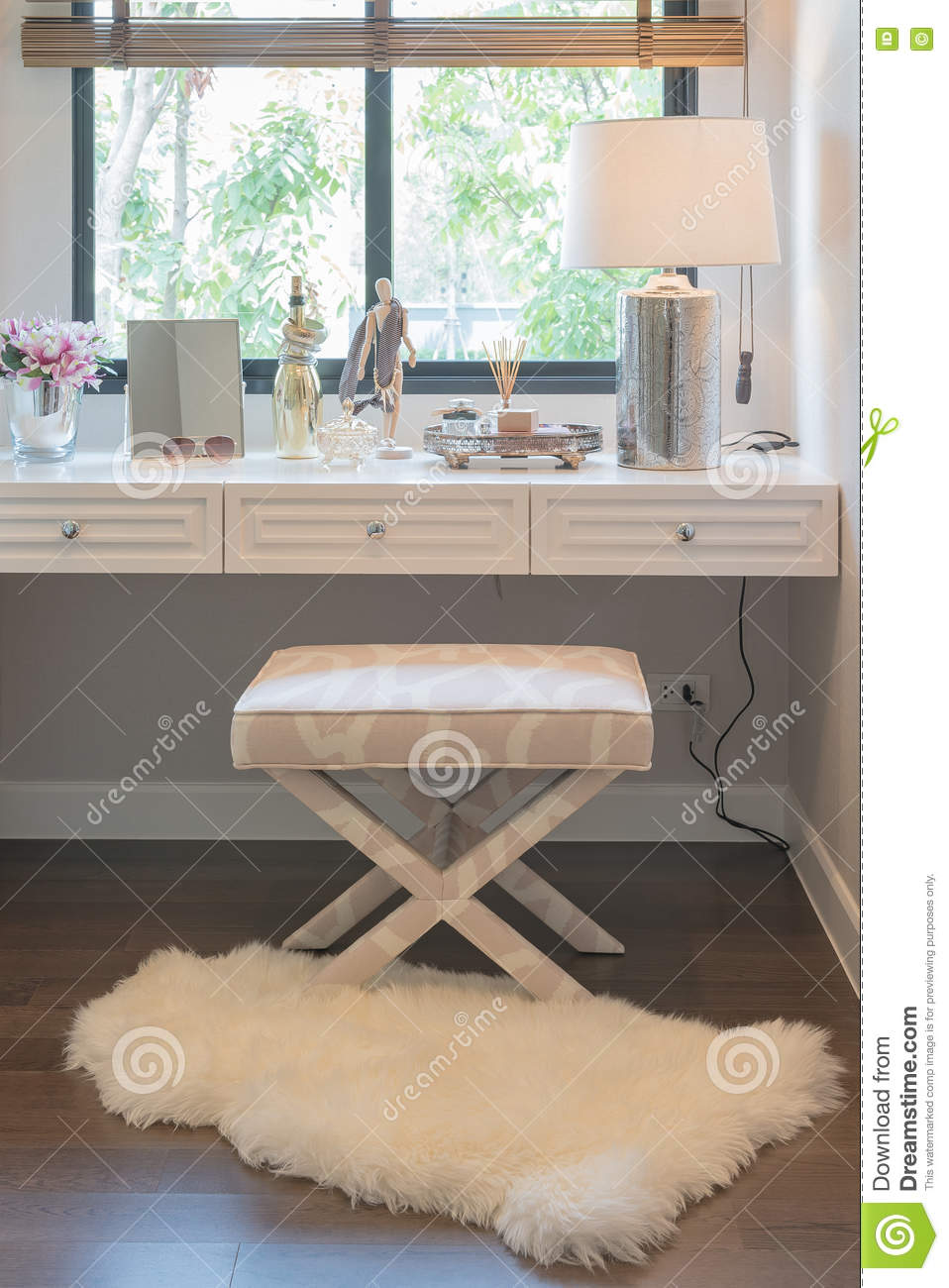 Fabulous White Dressing Table And Chair With Womens Accesories With Ncnpc Chair Design For Home Ncnpcorg