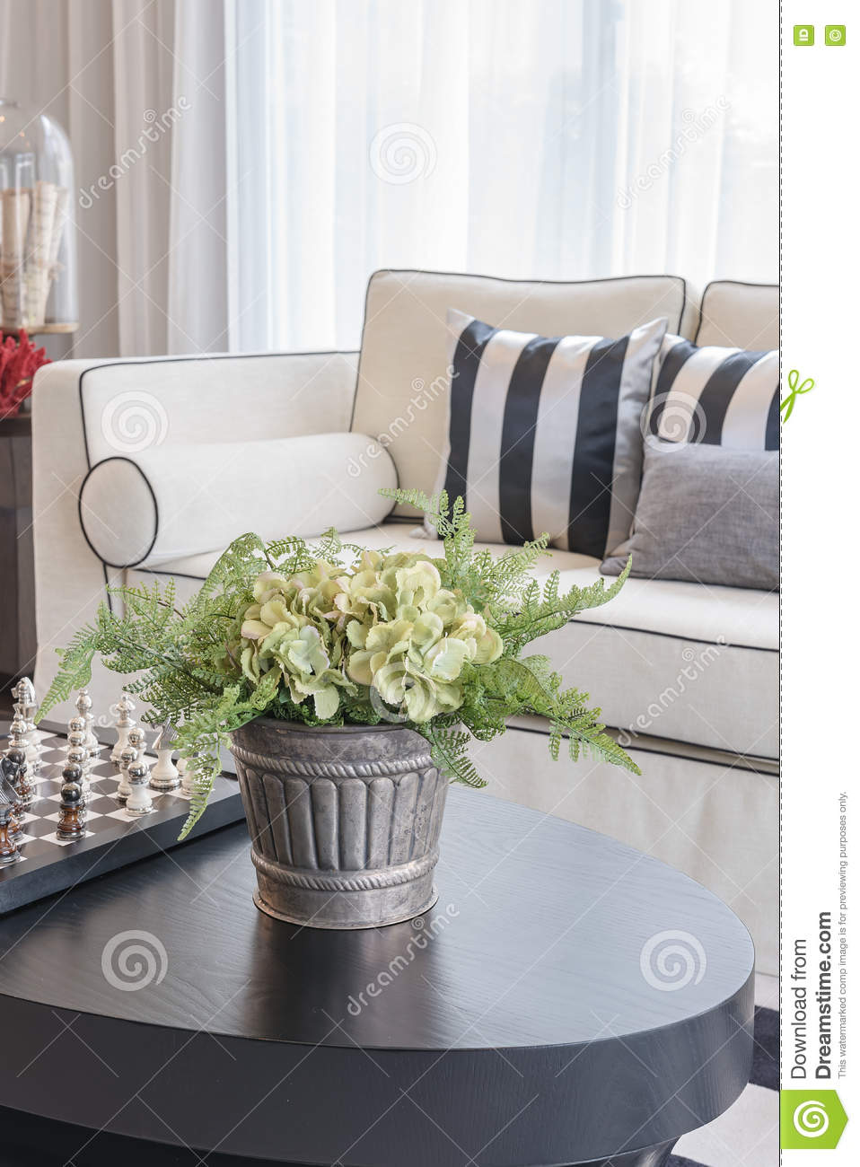 Super White Elegance Sofa With Black And White Pillows In Luxury Bralicious Painted Fabric Chair Ideas Braliciousco