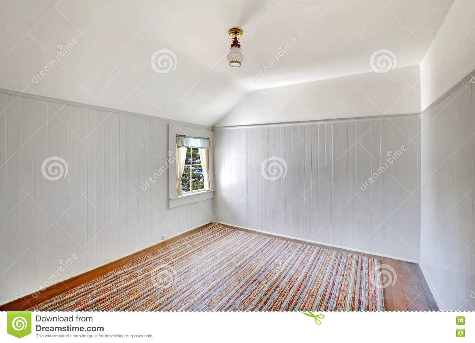 Trim Vaulted Ceilings