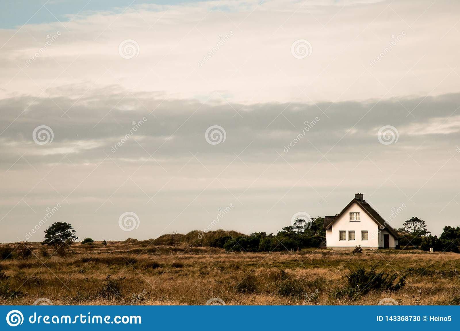 The White Hause in the dunes