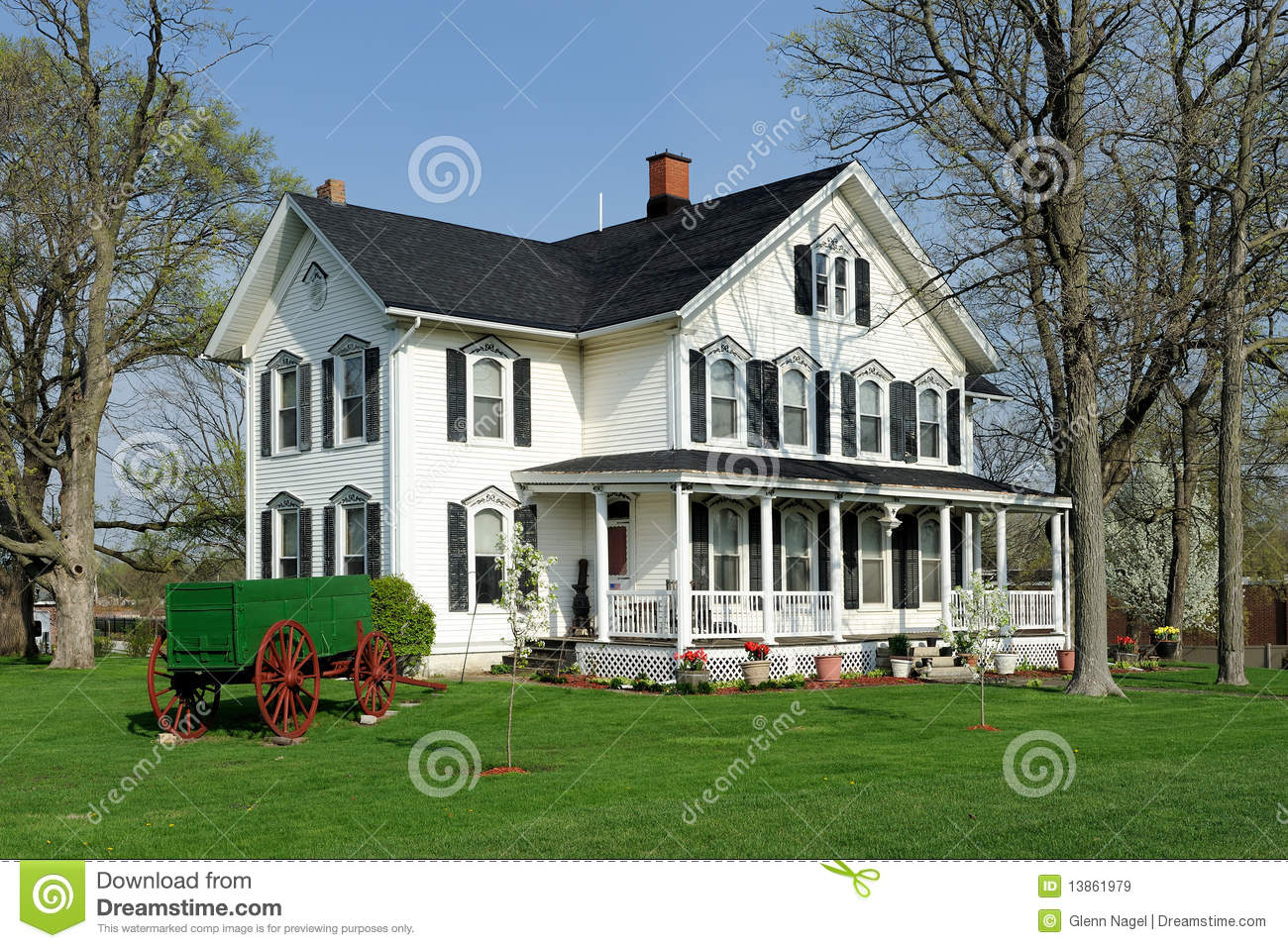 White House With Black Shutters Stock Image Image Of