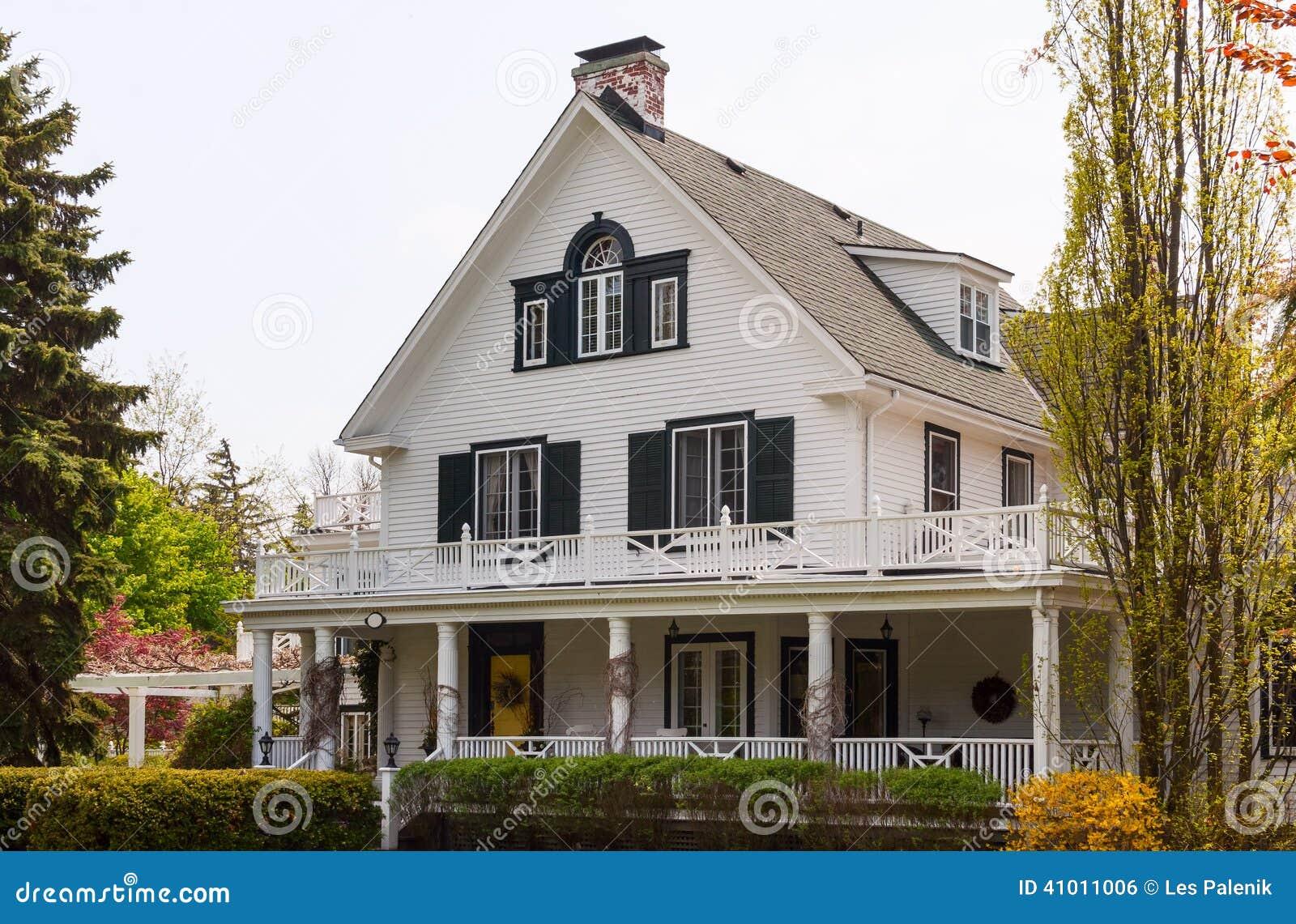 White House With A Wraparound Porch Stock Photo - Image ...