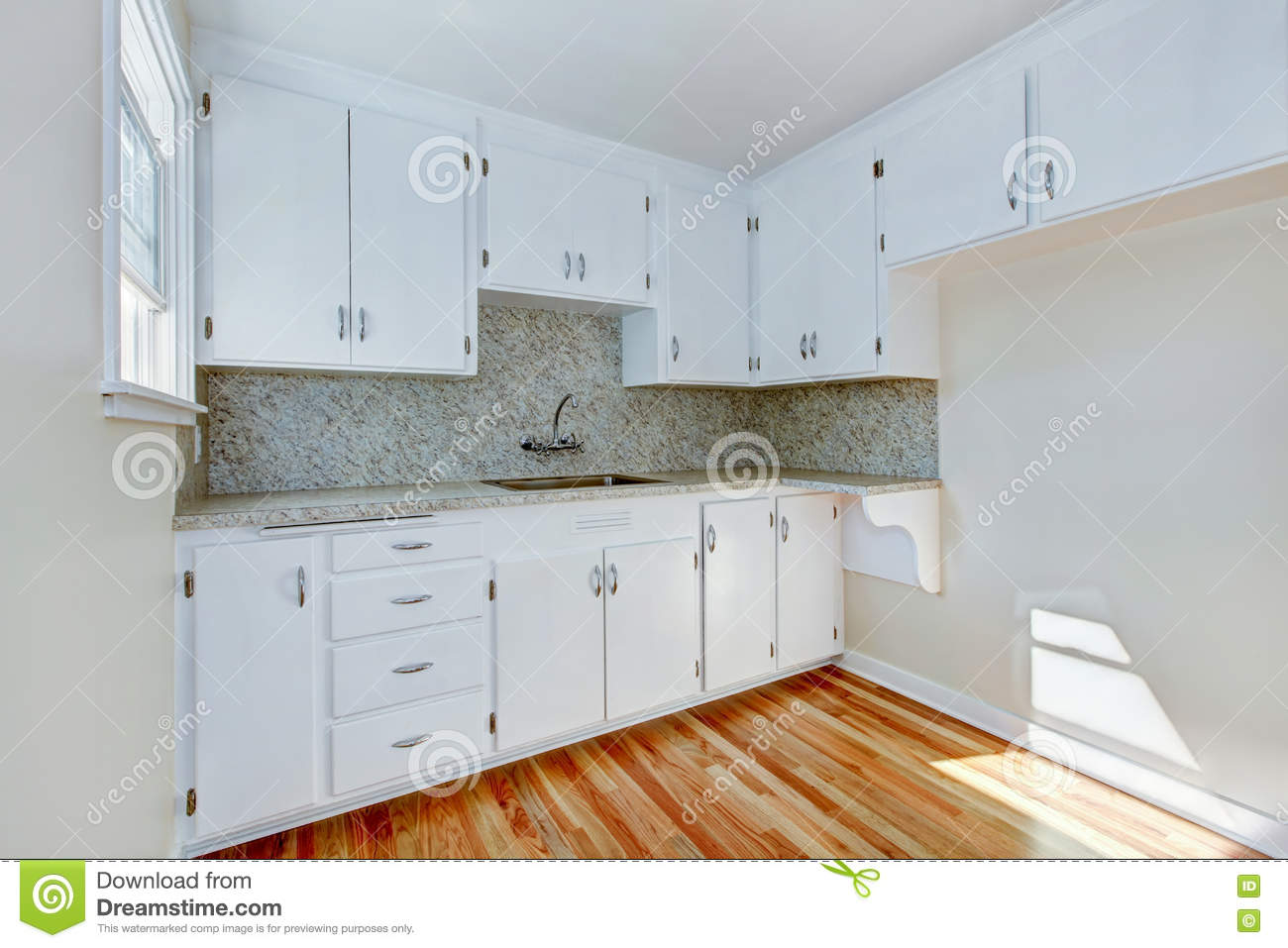 white kitchen cabinets light wood floor white kitchen cabinets with light tone hardwood floor 28837