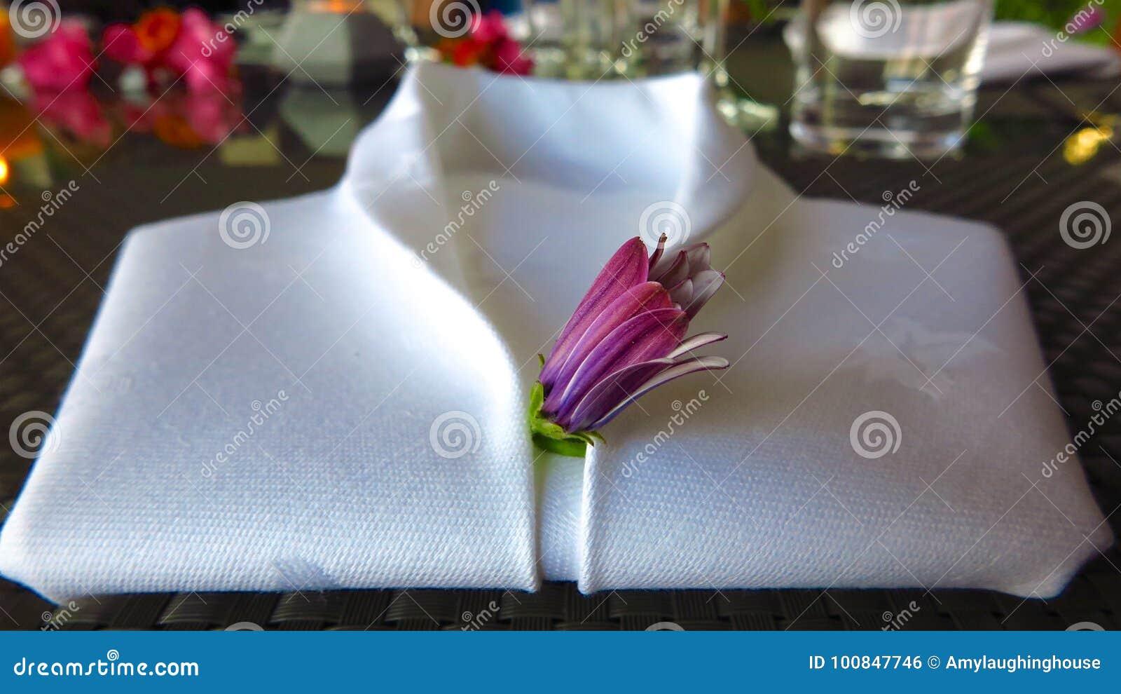 White Linen Napkin Folded Into Shape Of Tuxedo Shirt Stock Photo Image Of Romantic Romance 100847746