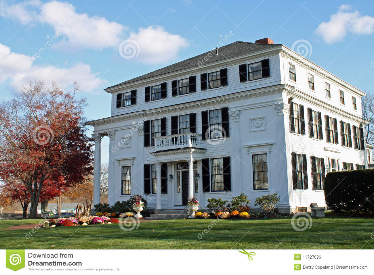 White Mansion Stock Photo Image Of Architecture Entrance 11727096