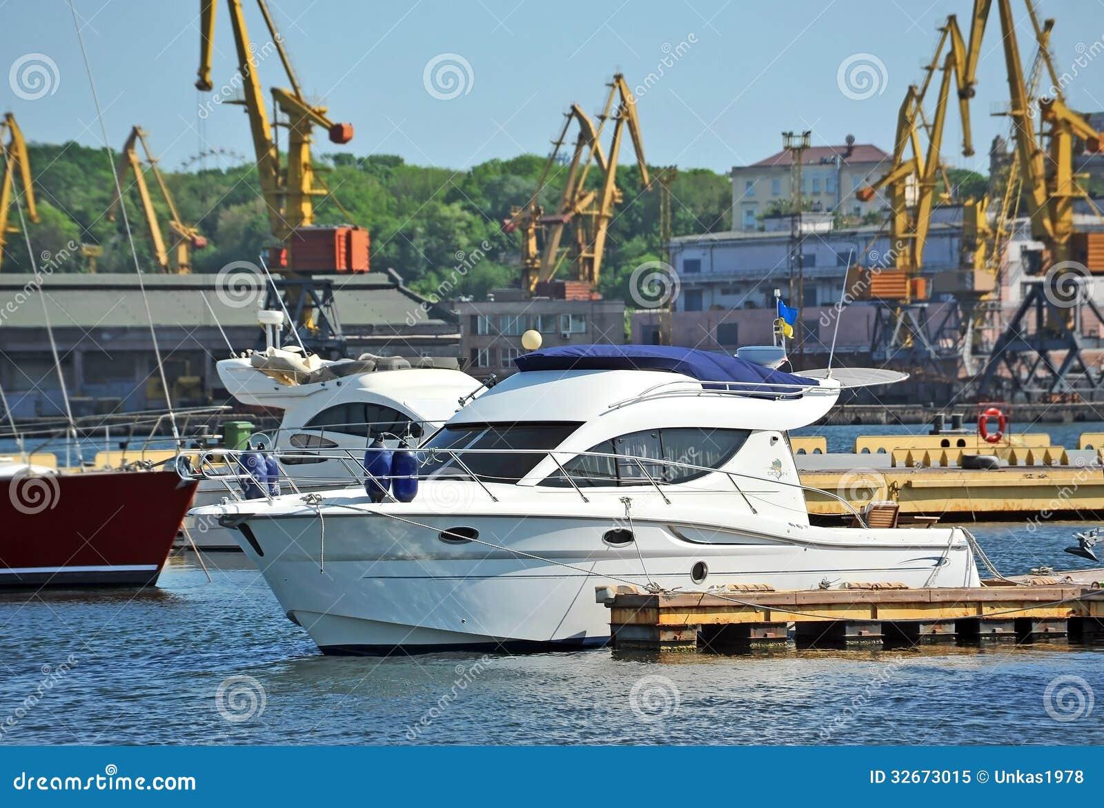 White Motor Yacht Royalty Free Stock Photo Image 32673015