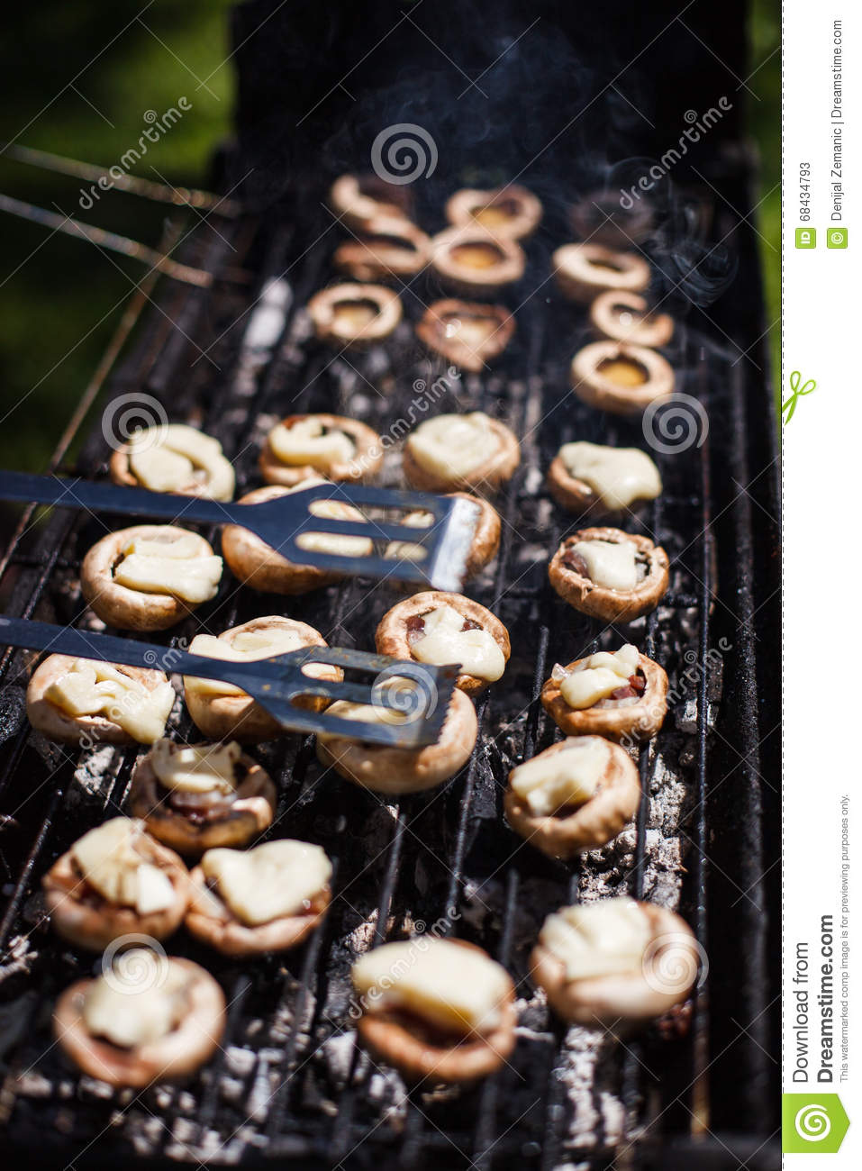 f626f7b9a0d4 White Mushrooms Grilled BBQ Steam Stock Image - Image of freshness ...