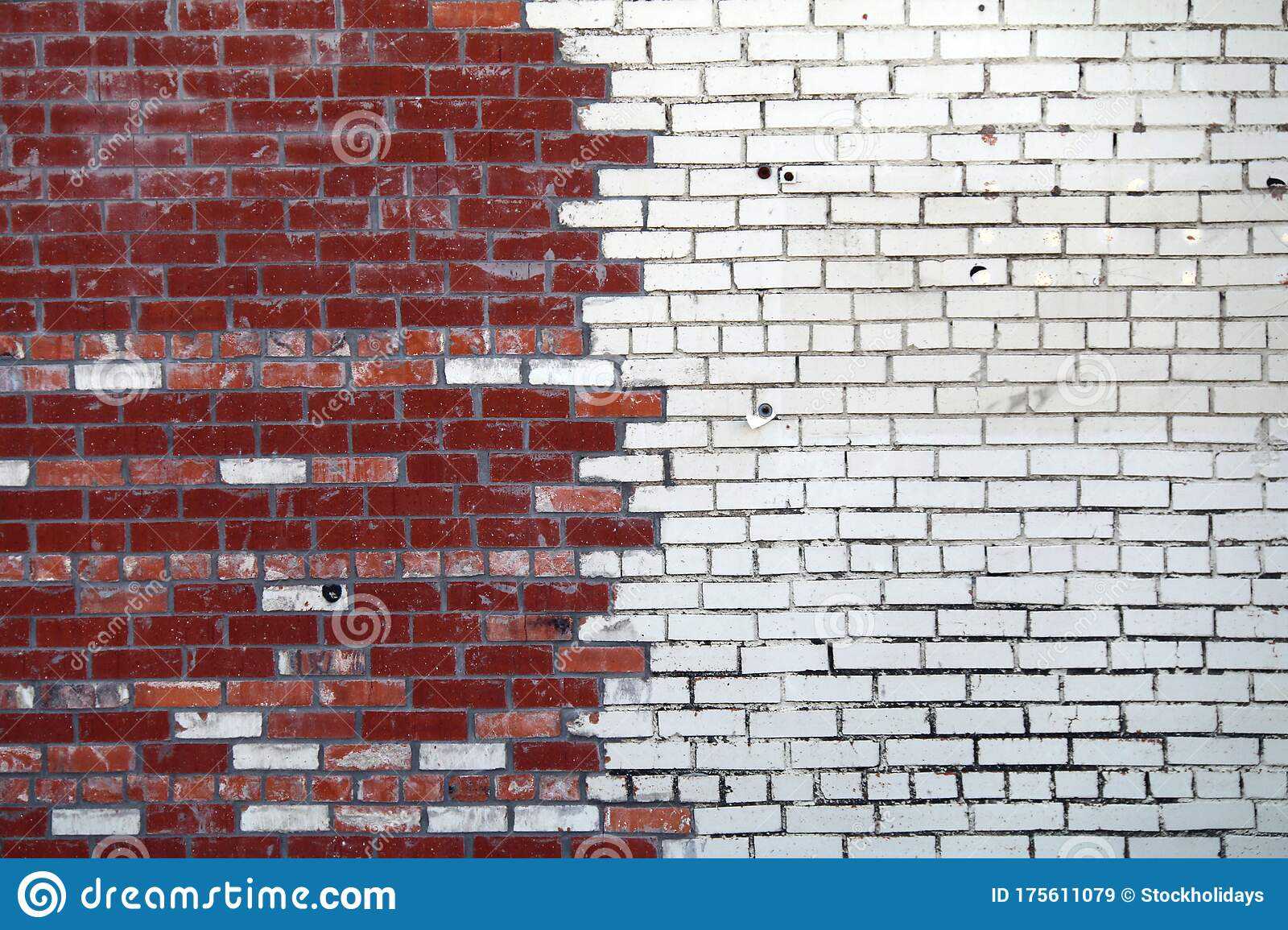 White Painted Red Brick Garden Wall Vintage Contrast Stock Image Image Of Backdrop Brick 175611079