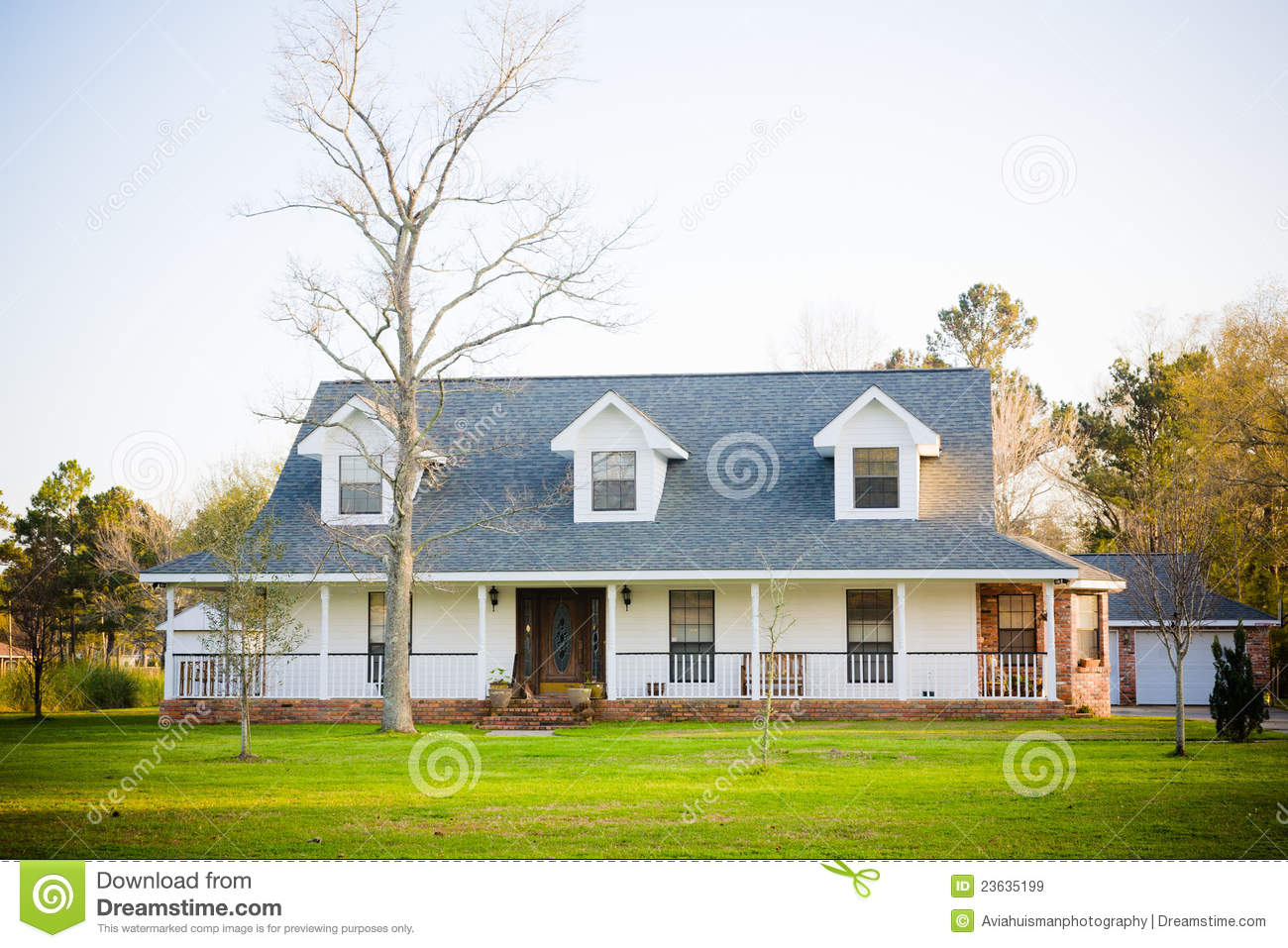 White ranch style american home stock image image 23635199 for 2 story house styles