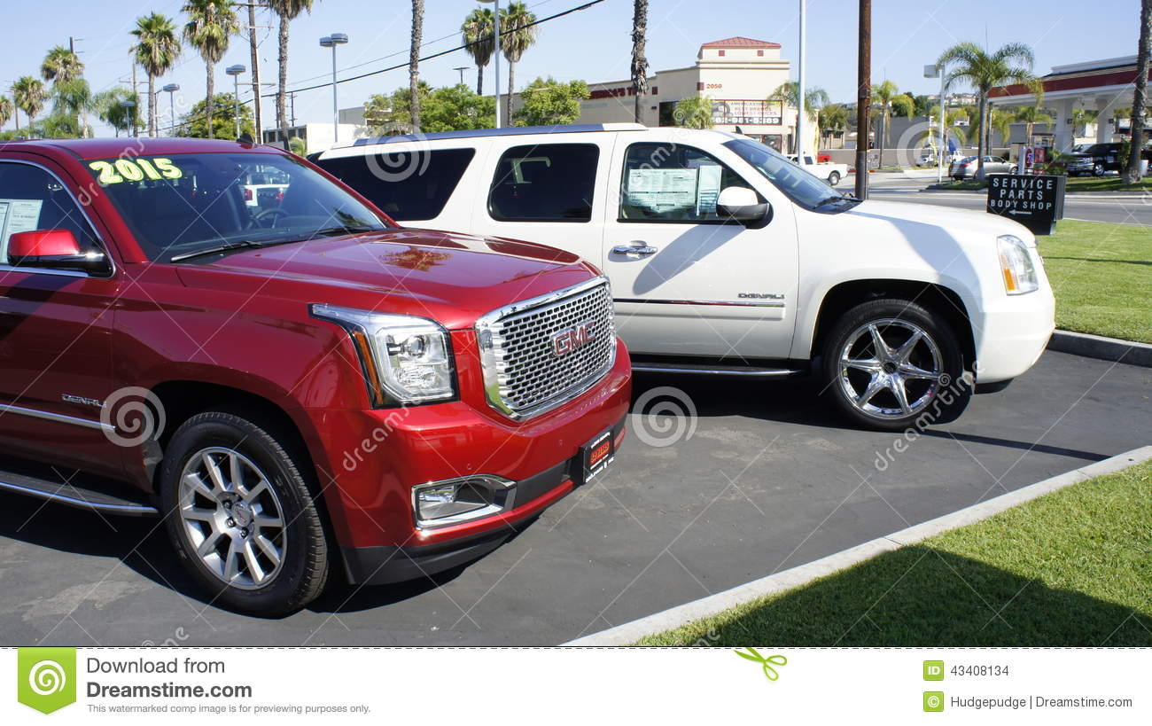 White and Red SUV