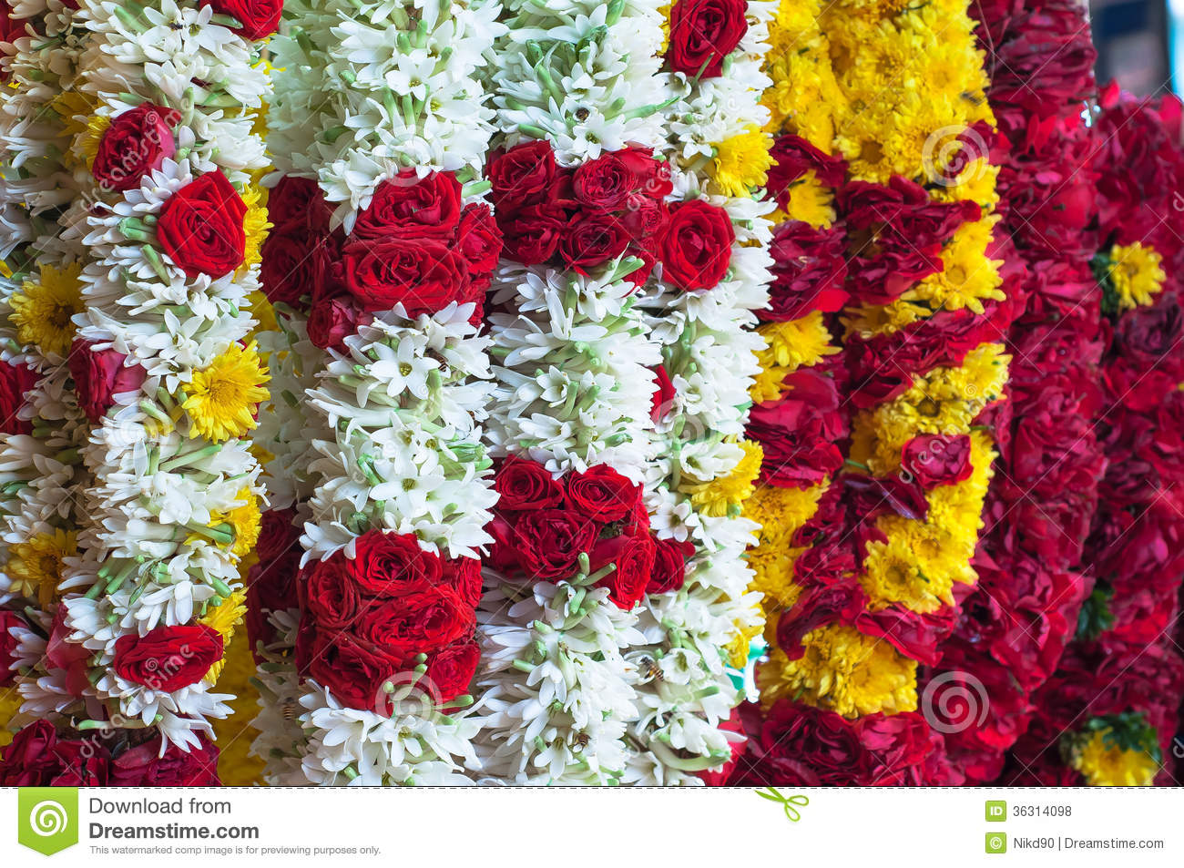 White Red Yellow Garland In The Thailand Market For Sale