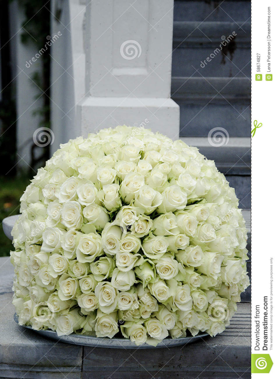White Roses Centerpiece Flower Ball Stock Image Image Of