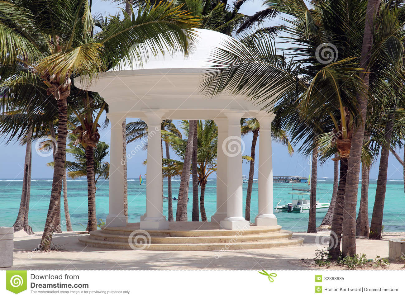 white rotunda for weddings on a tropical beach royalty. Black Bedroom Furniture Sets. Home Design Ideas