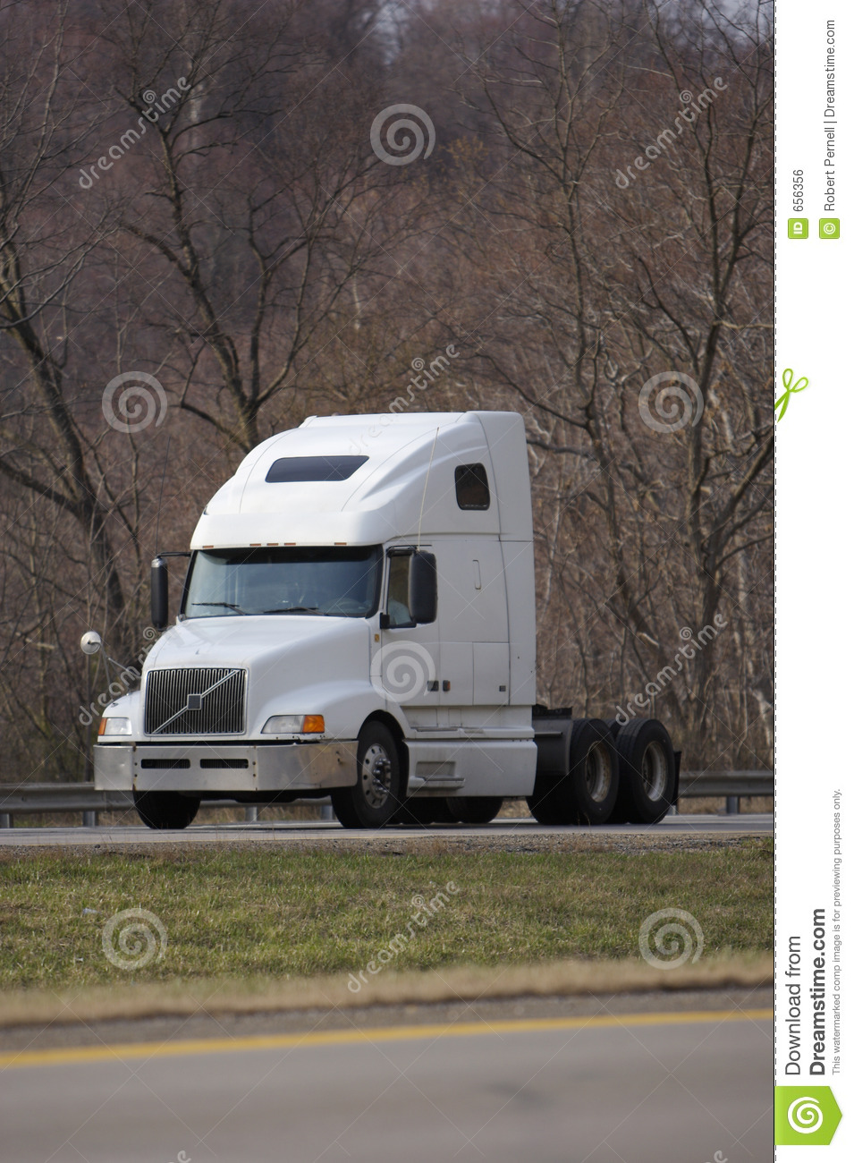 white semi truck editorial photo  image of motor  light