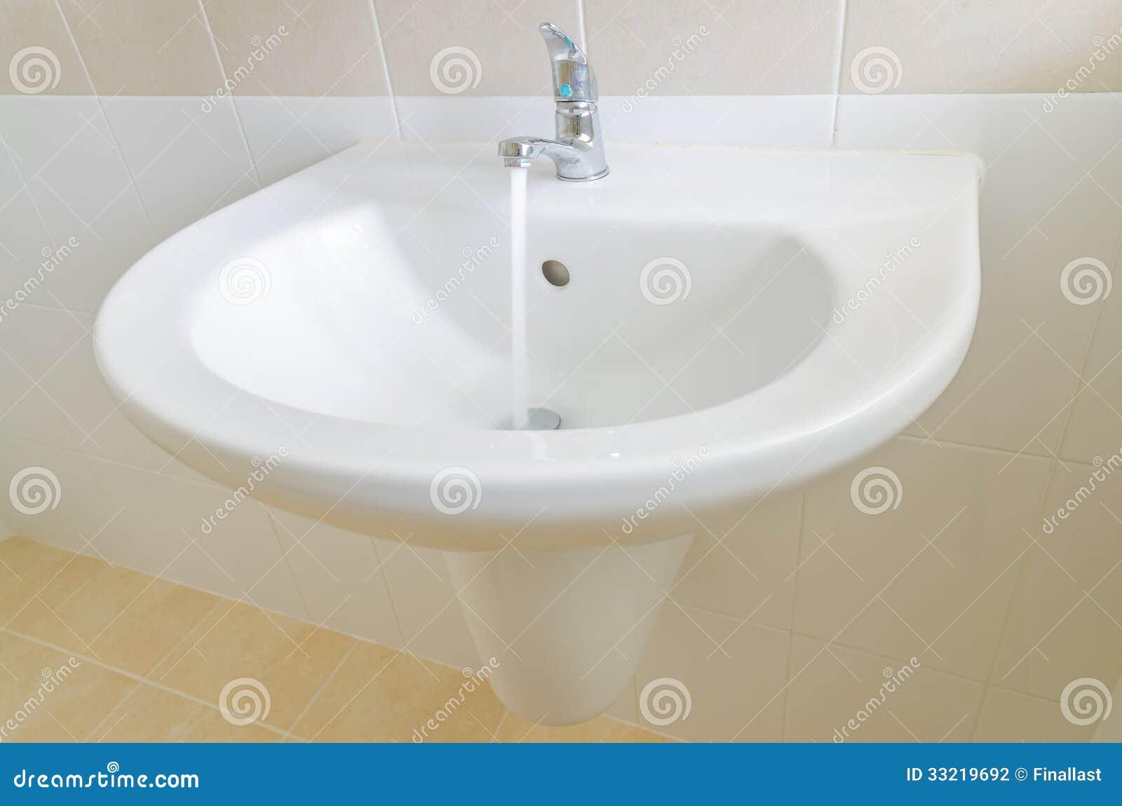 how to clean bristol sink