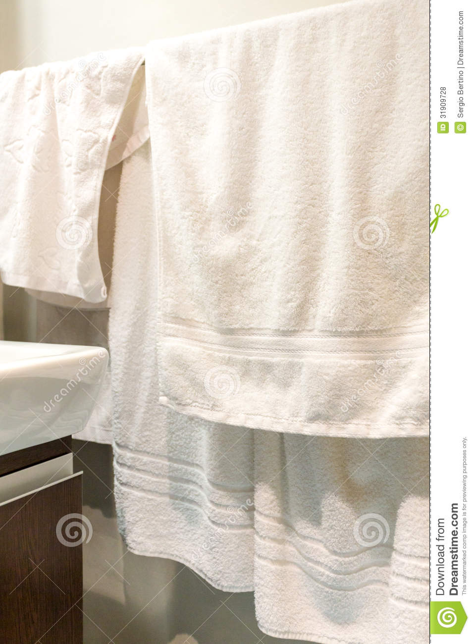 White Towels Hanging In Bathroom Stock Photo - Image: 31909728