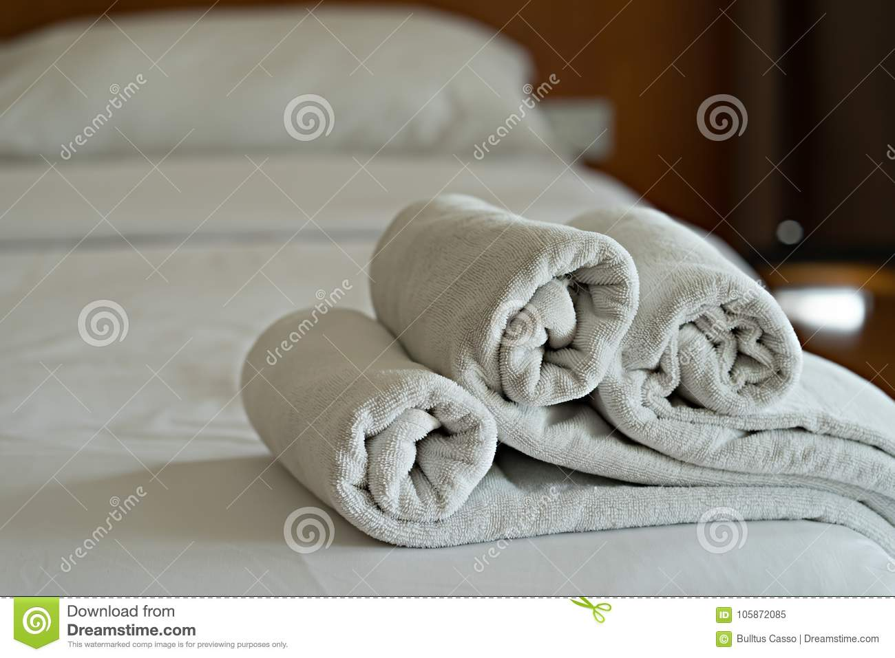 White Towels Roll On Bed In Hotel Bedroom Stock Image Image Of Decoration Business 105872085