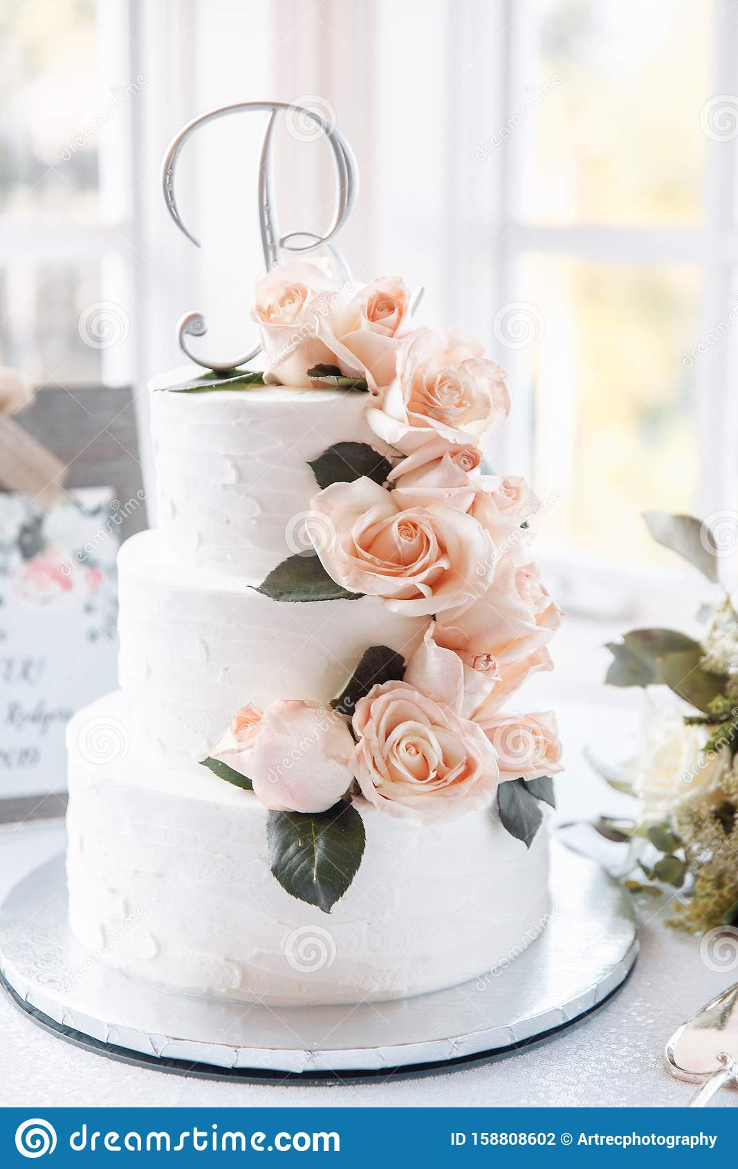 Tree Tired White Wedding Cake With Natural Peach Roses And Fake