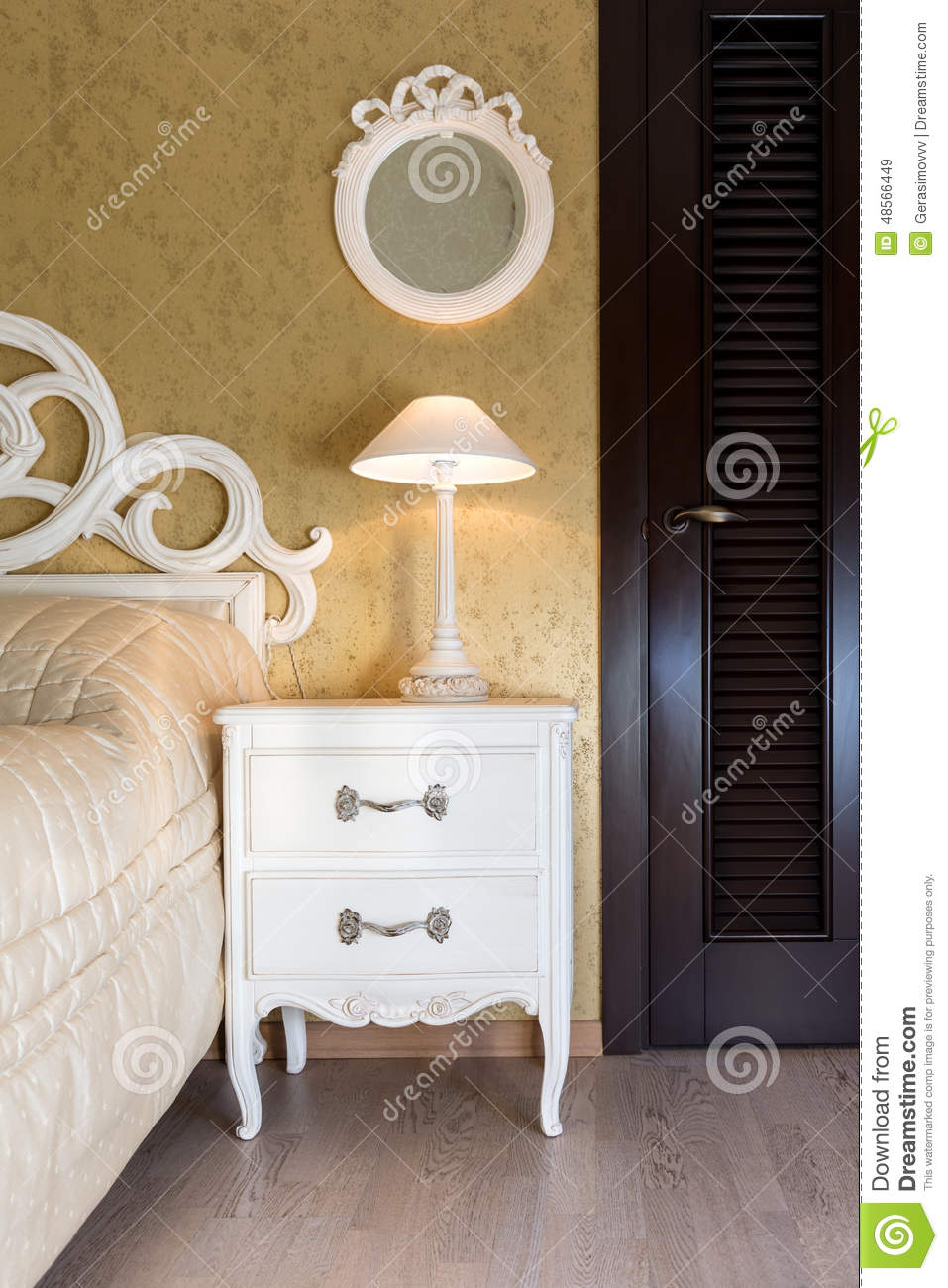 312 White Vintage Style Nightstand Photos Free Royalty Free Stock Photos From Dreamstime