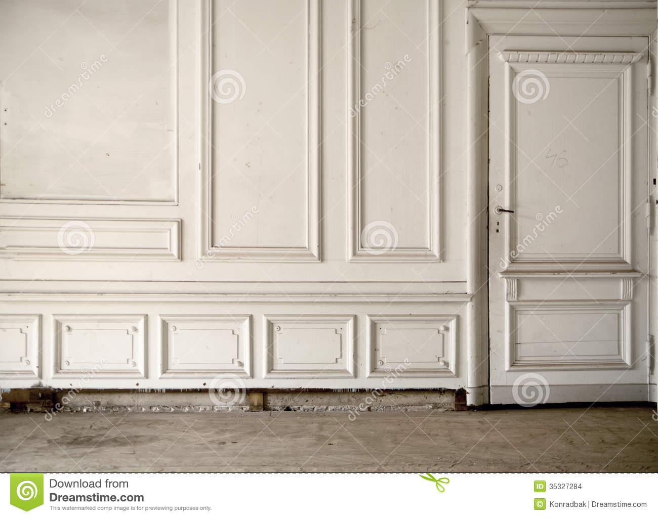White Wall In The Bright Ancient Room Stock Images Image