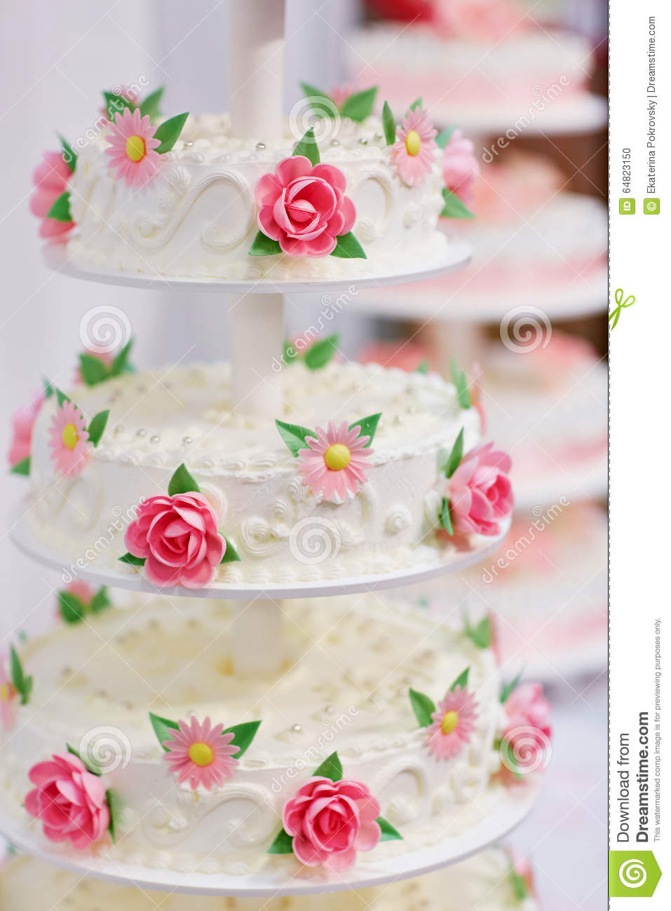 White Wedding Cake Decorated With Flowers Stock Photo - Image of ...