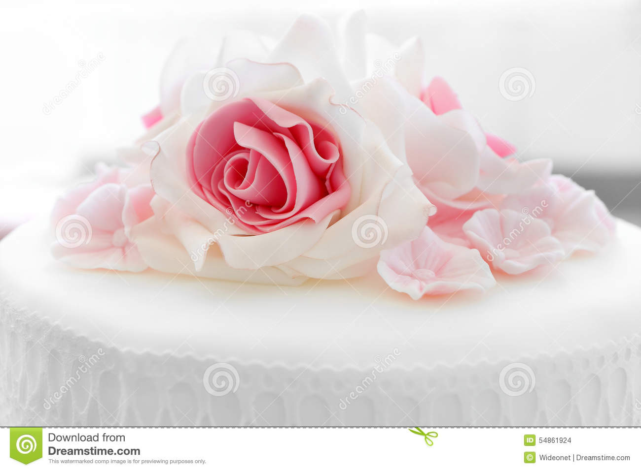 White Wedding Cake With Pink Rose Stock Image