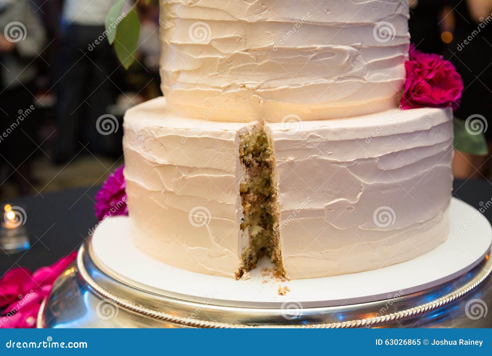 Cut Wedding Cake Before Dinner