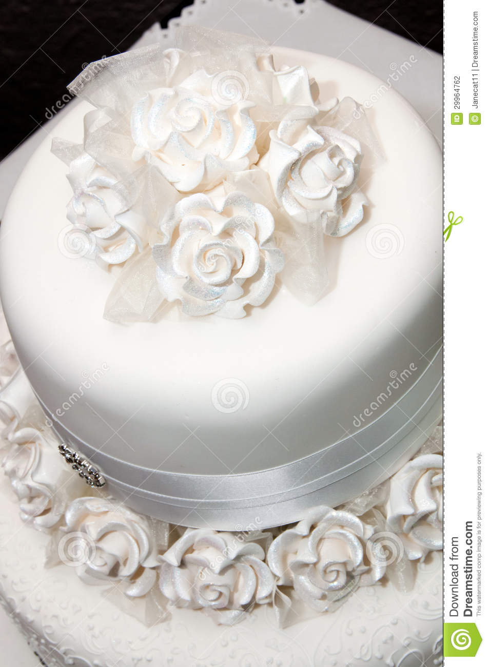 wedding cake fondant or royal icing white wedding cake stock photo image of bakery marriage 22691