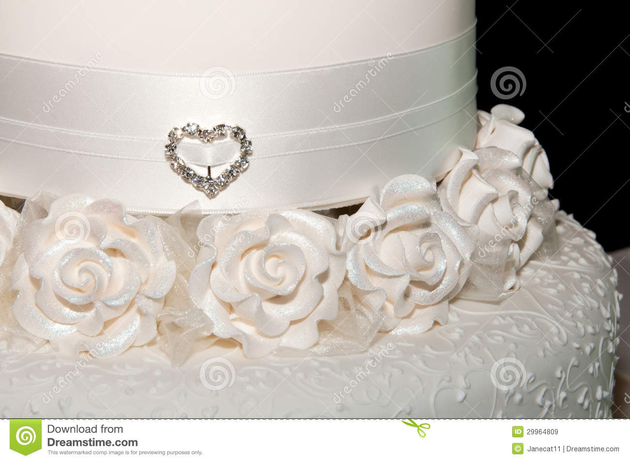 wedding cake fondant or royal icing white wedding cake up royalty free stock images 22691