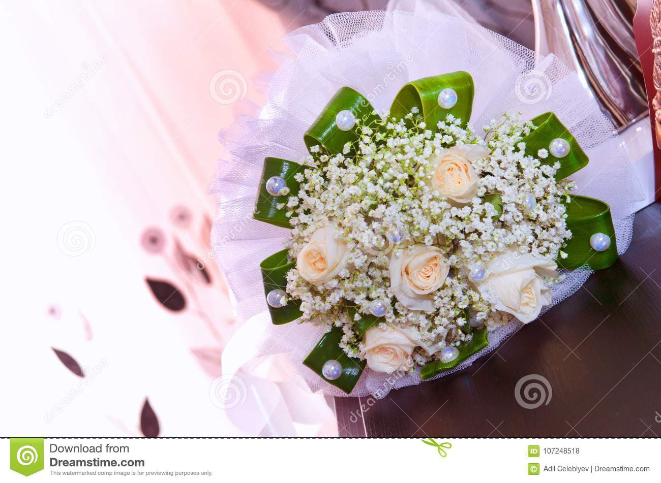 White Wedding And Engagement Flower Bouquet Beautiful Wedding