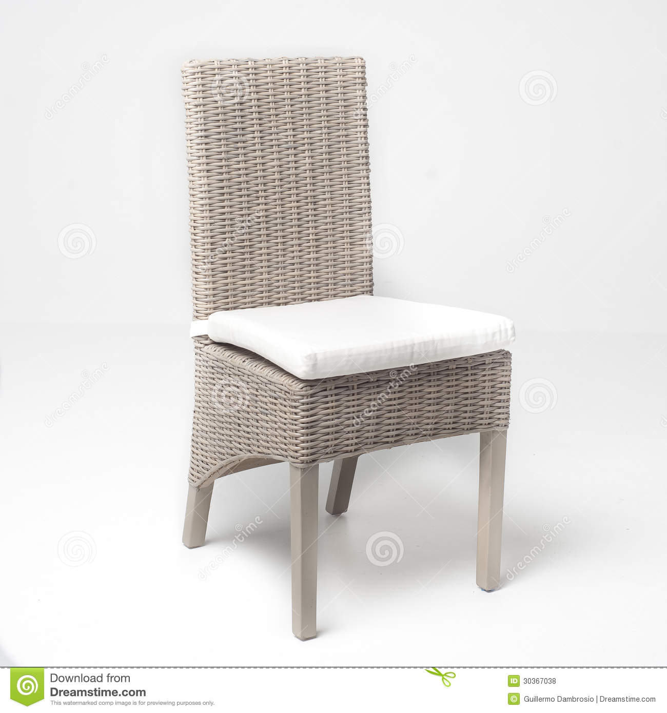 White wicker chair royalty free stock photos image 30367038 - Petite chaise en osier ...